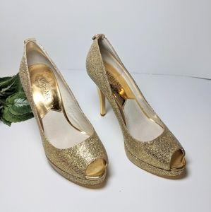 Michael Kors gold sparkly heels size 6M